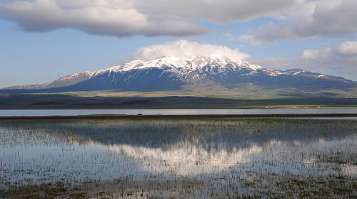 Sodalı Göl ve Süphan Dağı