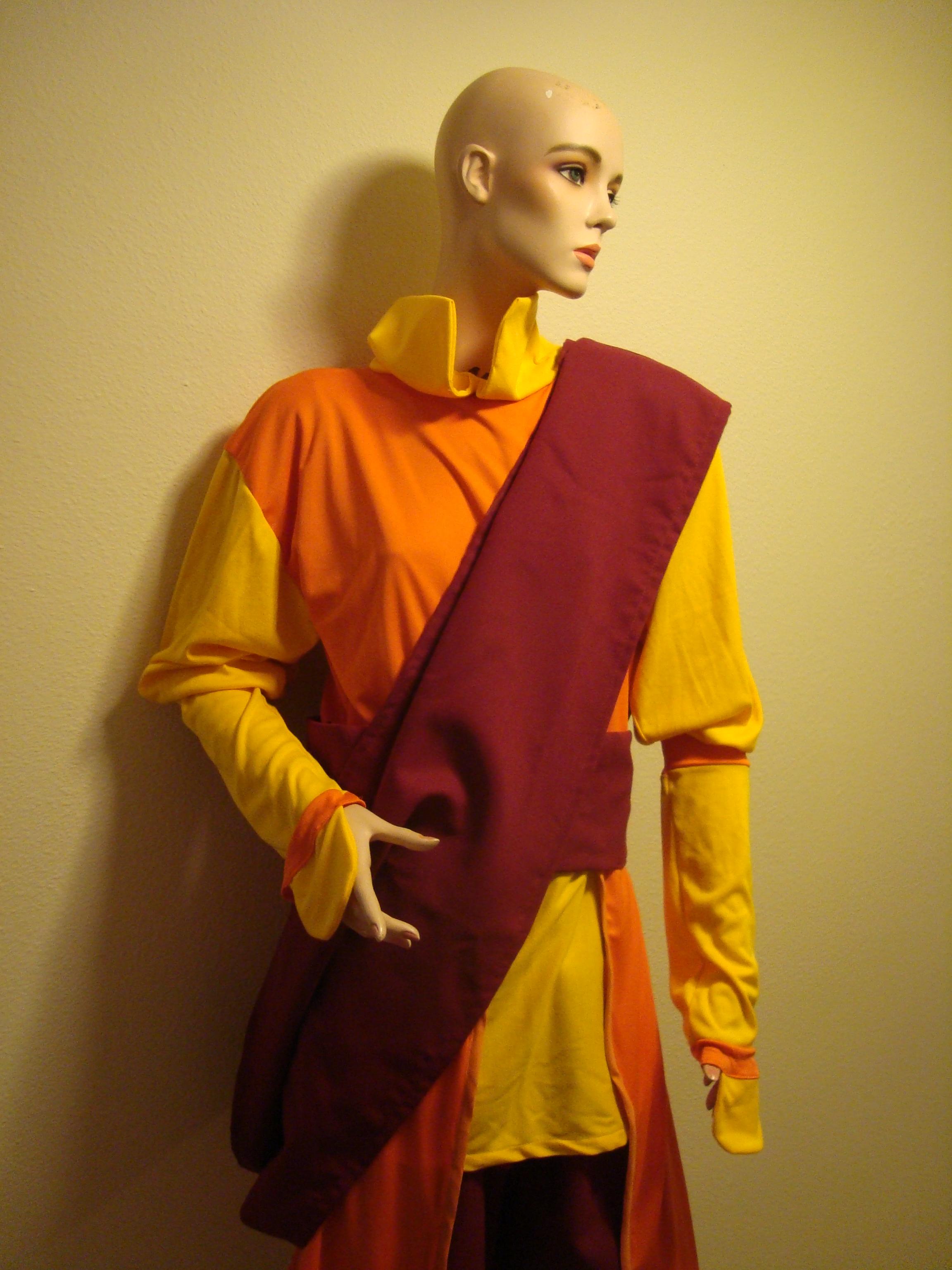 Adult Aang, Avatar Costume | … | Flickr - Photo Sharing!: https://flickr.com/photos/99717704@n05/9440579769