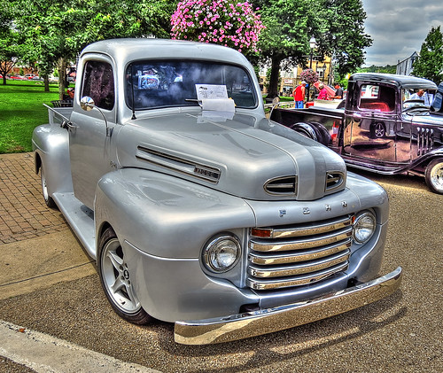 FORD SMALL PICKUP