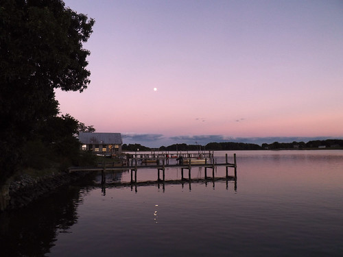 sunset moon color beautiful river landscape boats virginia pier us purple va nightphoto northumberlandcounty 2013