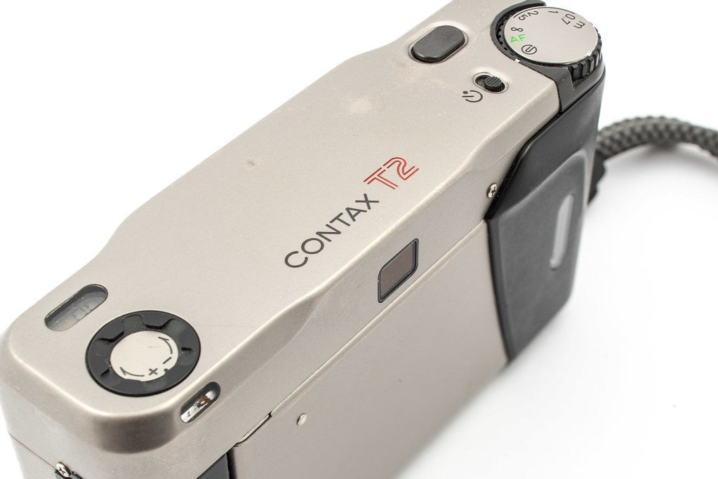 Contax T2 top