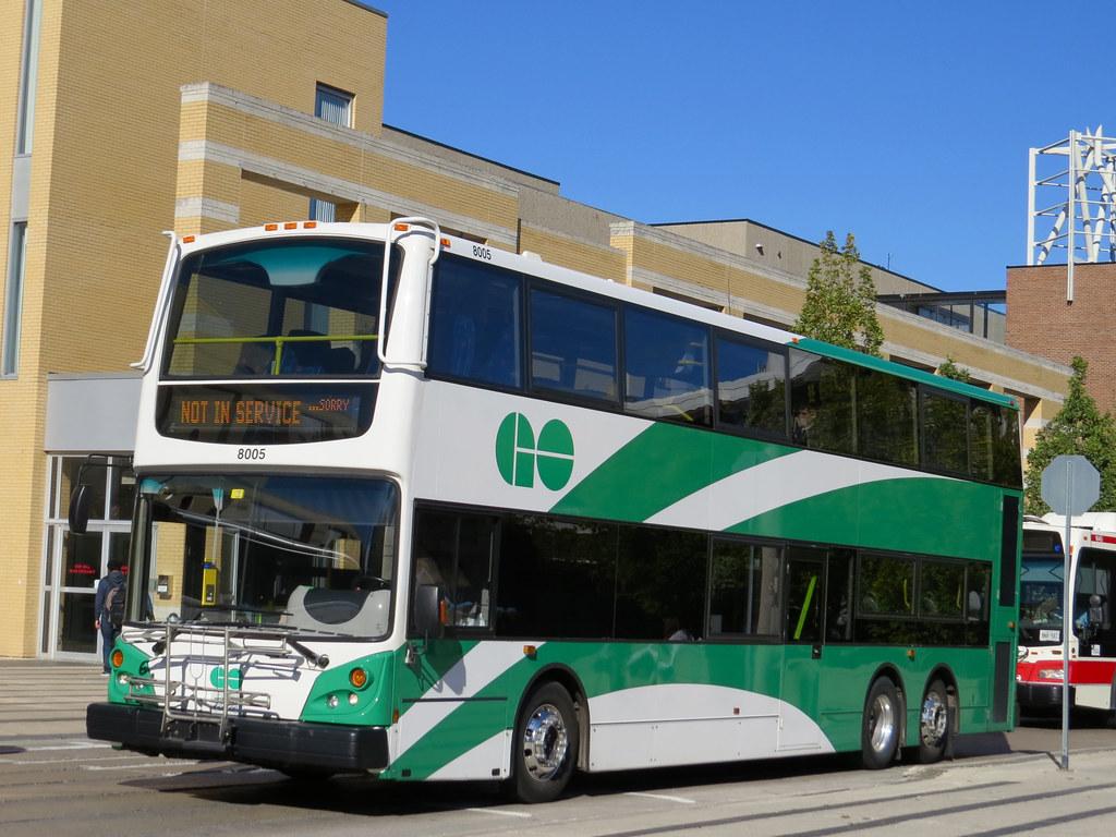 GO Transit 8005