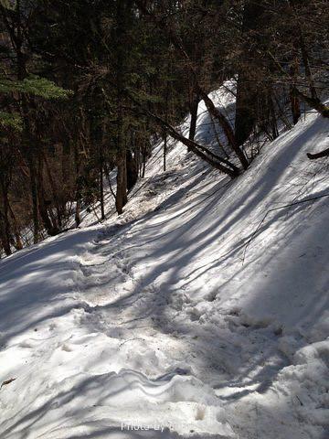 后面有一段路还是很滑很危险