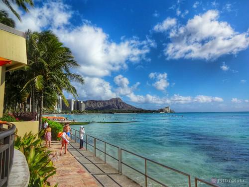 Waikiki Beach (Sony Cyber-shot DSC-QX10)