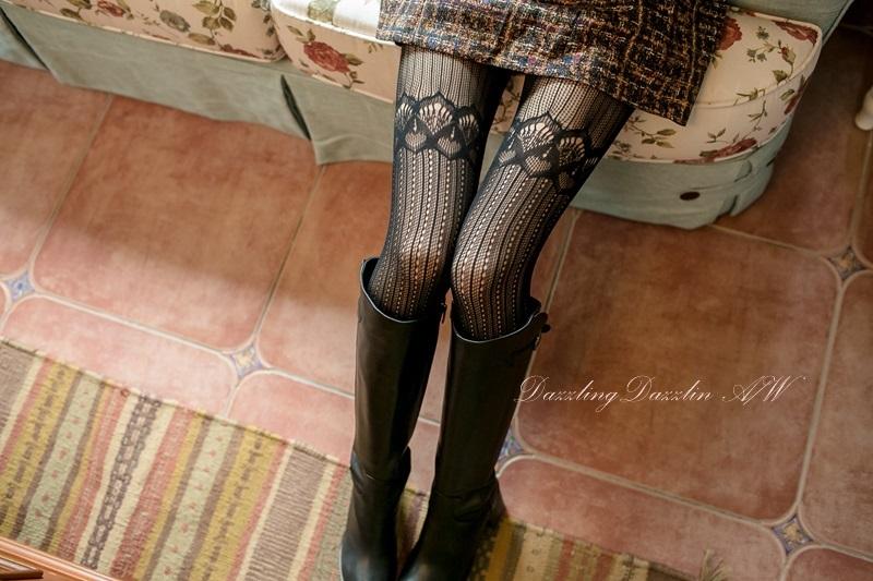 59 大腿透肌蕾絲褲襪.jpg