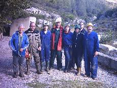 Grupo de espeleologistas de Chert
