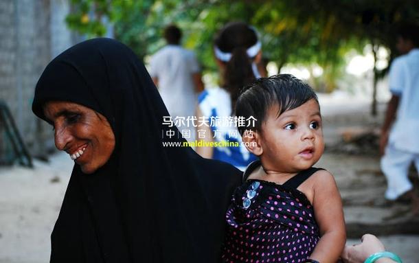 岛上的马尔代夫居民