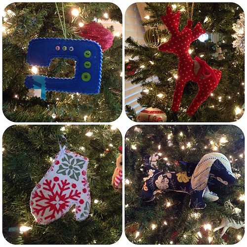 New additions to my tree thanks to my super-talented #HMQG friends... Sewing Machine by @smazoochie Reindeer by @gabriela_cast Mitten by Rebekah and Doxie by @fatchickquilts