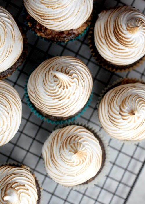 Toasted Meringue Frosting