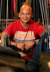 Portrait:  shopmanager, jeans