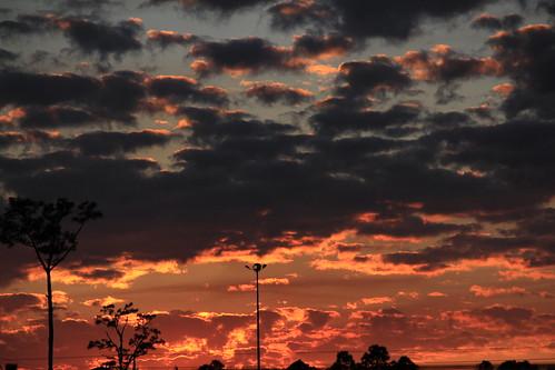 sunset red sky orange clouds grey evening twilight skies florida horizon gray westpalmbeach fl twilighttime