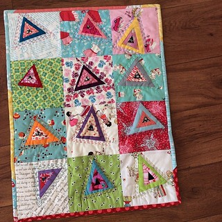 Finished this scrap bin project! It's inspired by a similar design  @imagingermonkey did in the book Shape Workhop for Quilters. #finishit2014 #scraphappy