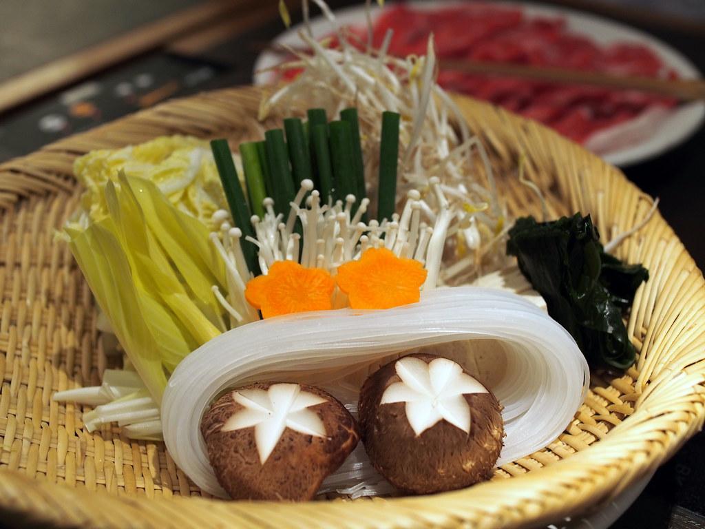 Shabu-Shabu | しゃぶしゃぶ(野菜盛)