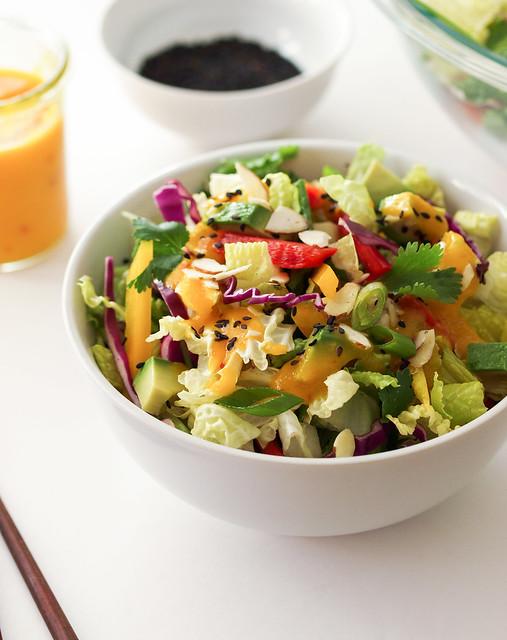 THE SIMPLE VEGANISTA: Asian Rainbow Salad + Spicy Mango Dressing