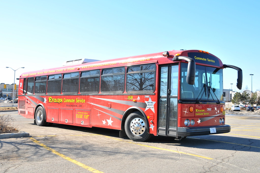 DSC_9334 Bus Ottawa, Ontario Canada 04092014 ©Ian A. McCord