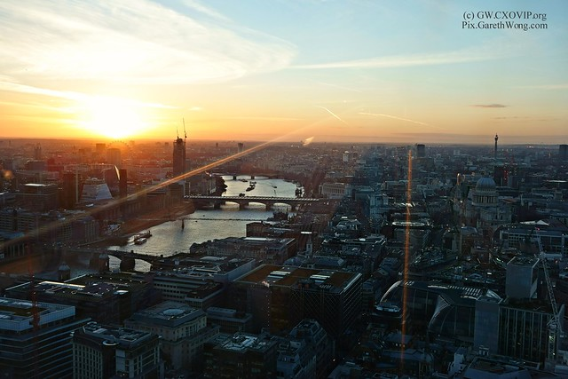 Sunset view of St Pauls BT Tower & Millenium wheel from Walkie Talkie 20Fenchurch street @SG_SkyGarden SkyGarden from RAW _DSC9993