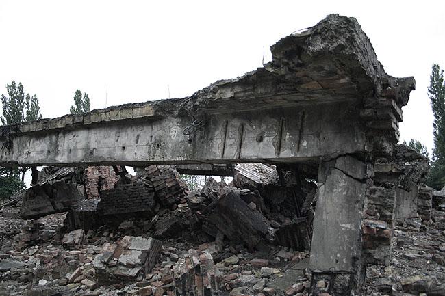 Ruinas de las cámaras de gas de Birkenau. © Paco Bellido, 2008