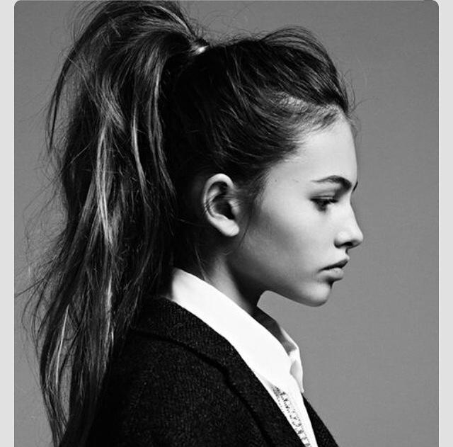 messy_ponytail