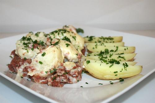 51 - Cauliflower corned beef casserole - Side view / Blumenkohl Corned beef Auflauf  - Seitenansicht