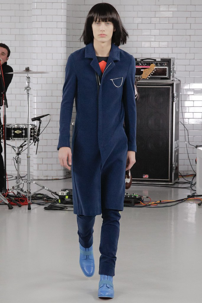 Marc Schulze3014_FW15 London Todd Lynn(VOGUE)