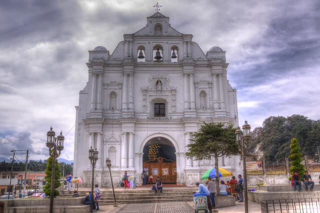 Iglesia de San Cristobal /  San Cristobal Church