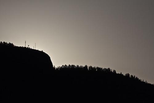 sky white canada black mountains radio sunrise landscape grey dawn bc okanagan gray scenic silhouettes hills glowing kelowna forests antennae transmitters