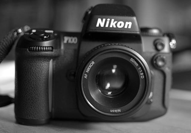 Nikon F100+AF Nikkor 50mm F1.8D
