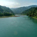 Hsin Tien (新店) River on the way to Wulai (烏來)