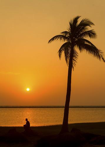 sunset silhouette goldensunset coxsbazar lonlyman