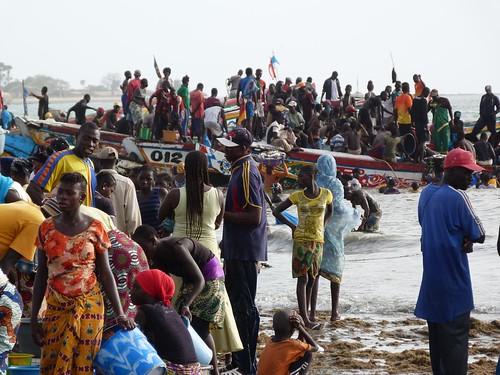 Mercado de pescado de Tanji (Gambia)