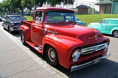 56 Ford F-100 Pick-Up
