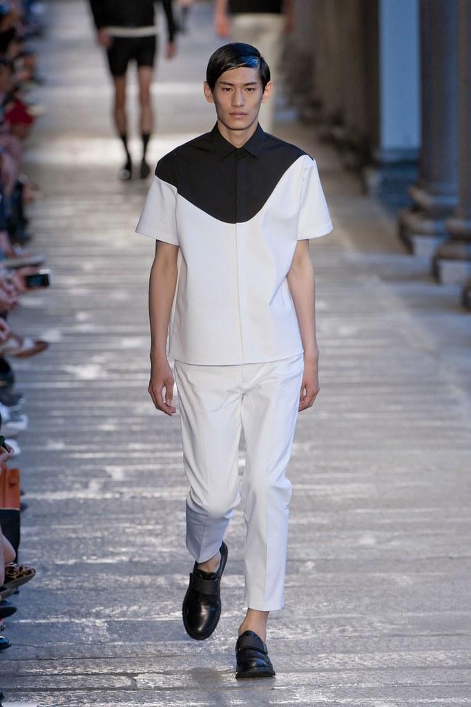 SS14 Milan Neil Barrett007_Kim Taehwan(fashionising.com)
