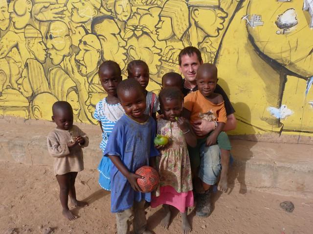 Sele en una aldea de Gambia