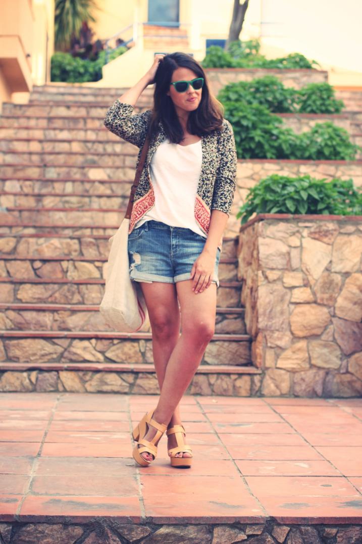 Look short + chaqueta étnica - Monicositas