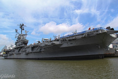 aircraft carrier, naval ship, vehicle, ship, navy, amphibious assault ship, watercraft, amphibious transport dock,