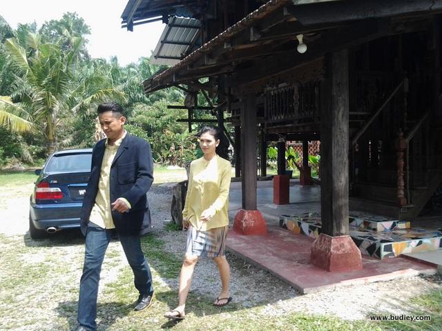 Setia Hujung Nyawa Raya- watak Maisara (Anzalna) dan Syawal (Shah Iskandar) memeriahkan lagi telemovie Setia Hujung Nyawa Raya
