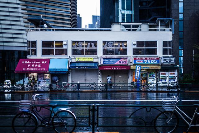 20130807_04_雨宿り