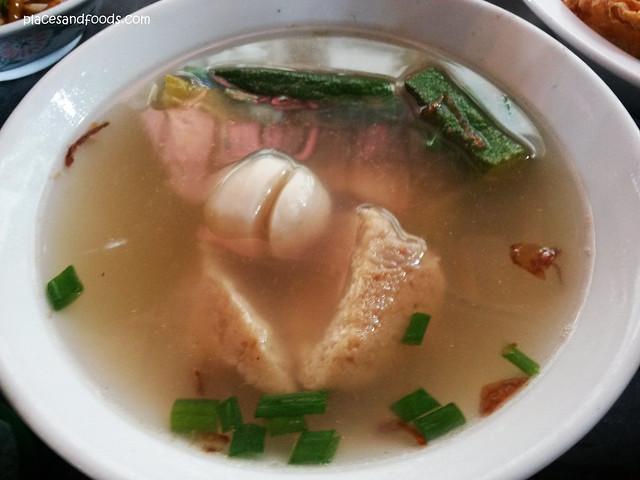 san peng yong tau fu soup