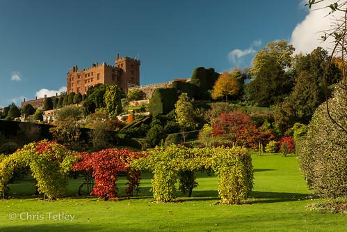 autumn castle wales landscape unitedkingdom powis nationaltrust welshpool