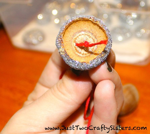 Holiday glitter acorn decorations