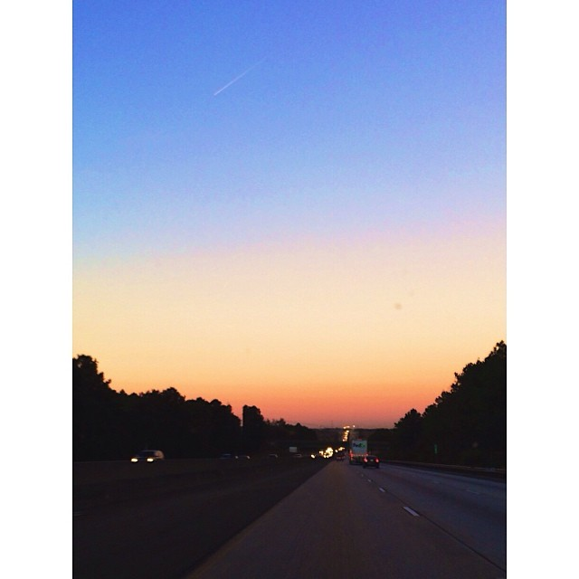 Pretty #GA #highway #sunset. Beautiful #colors. #pictapgo_app #familyvacation #roadtrip