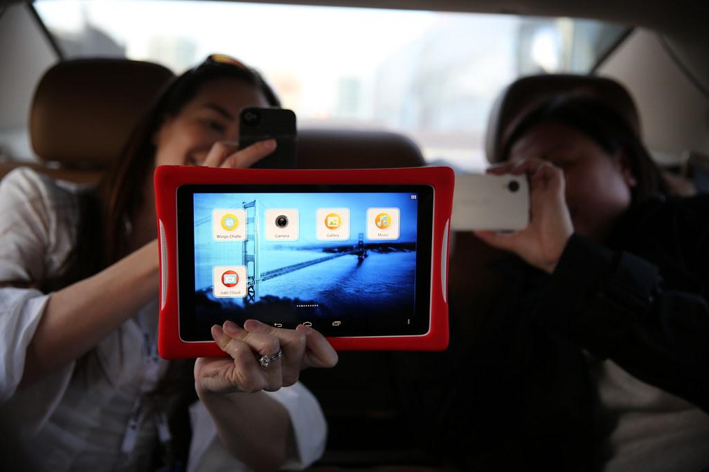 Fuhu DreamTab Tablet