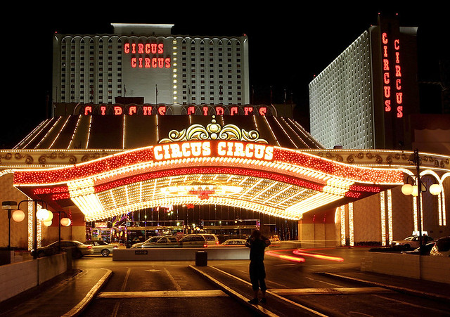 53160198EM003_Las_Vegas_Str