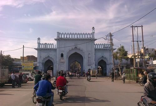 door india heritage monument architecture gate arch arcade entrance historic gateway entry lucknow uttarpradesh darwaza awadh
