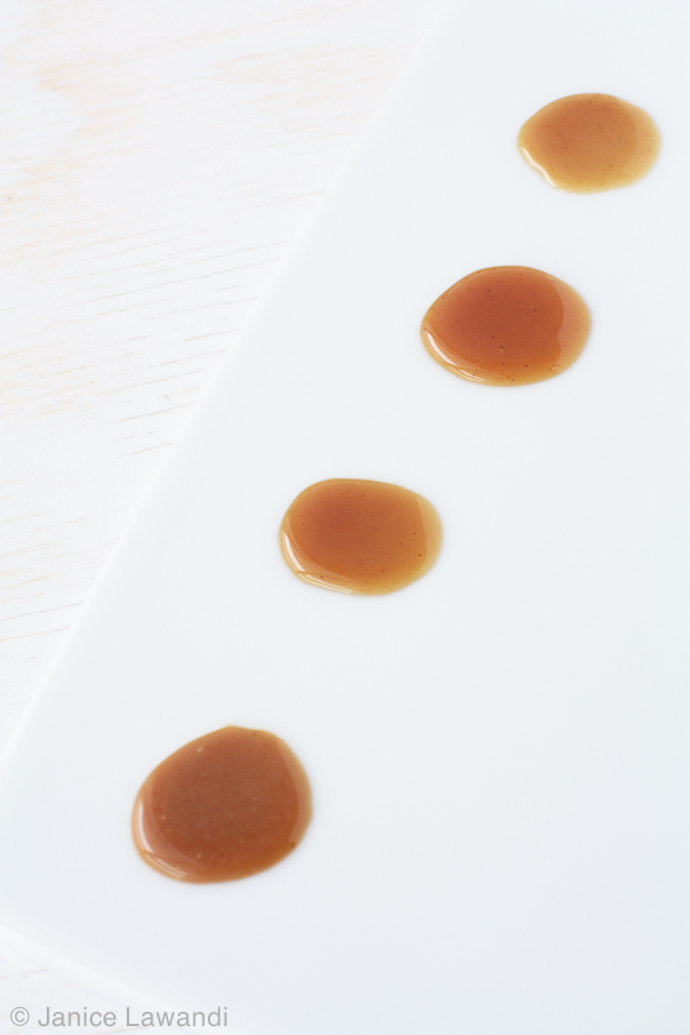 drops of quick caramel sauces made with different additives | kitchen heals soul