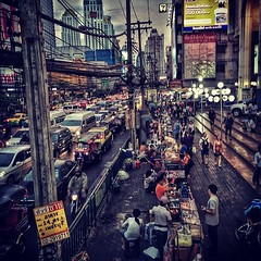 B U S Y  C I T Y #bangkok #thailand