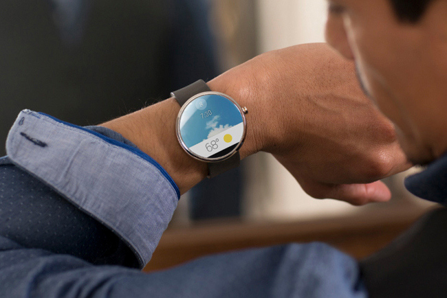 motorola-moto-360-the-first-android-wear-smartwatch-00