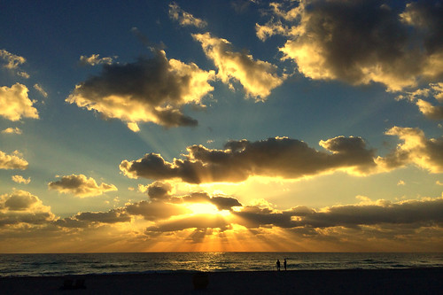 Sunrise @ Hollywood Beach, FL 2015/01/31 Iphone 5s Gold 64GB