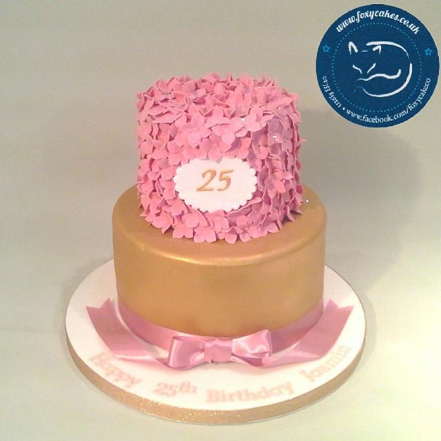 A Stunning 25th Birthday Cake Thefoxycakeco Windsor Eton