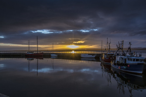 water clouds sunrise scotland boat fishing harbour blackisle avoch d7100